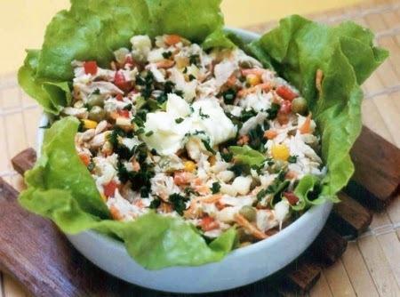 Salada de Frango com Milho e Ervilha