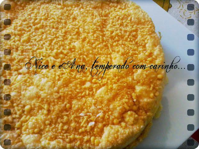 Torta de Frango com Cobertura Crocante