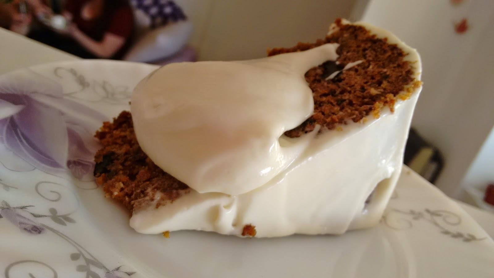 Torta deliciosa de zanahoria para comer con grandes amigos - Amazing carrot cake to share with great friends