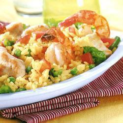 Salada de Arroz com Frango e Frutos do Mar