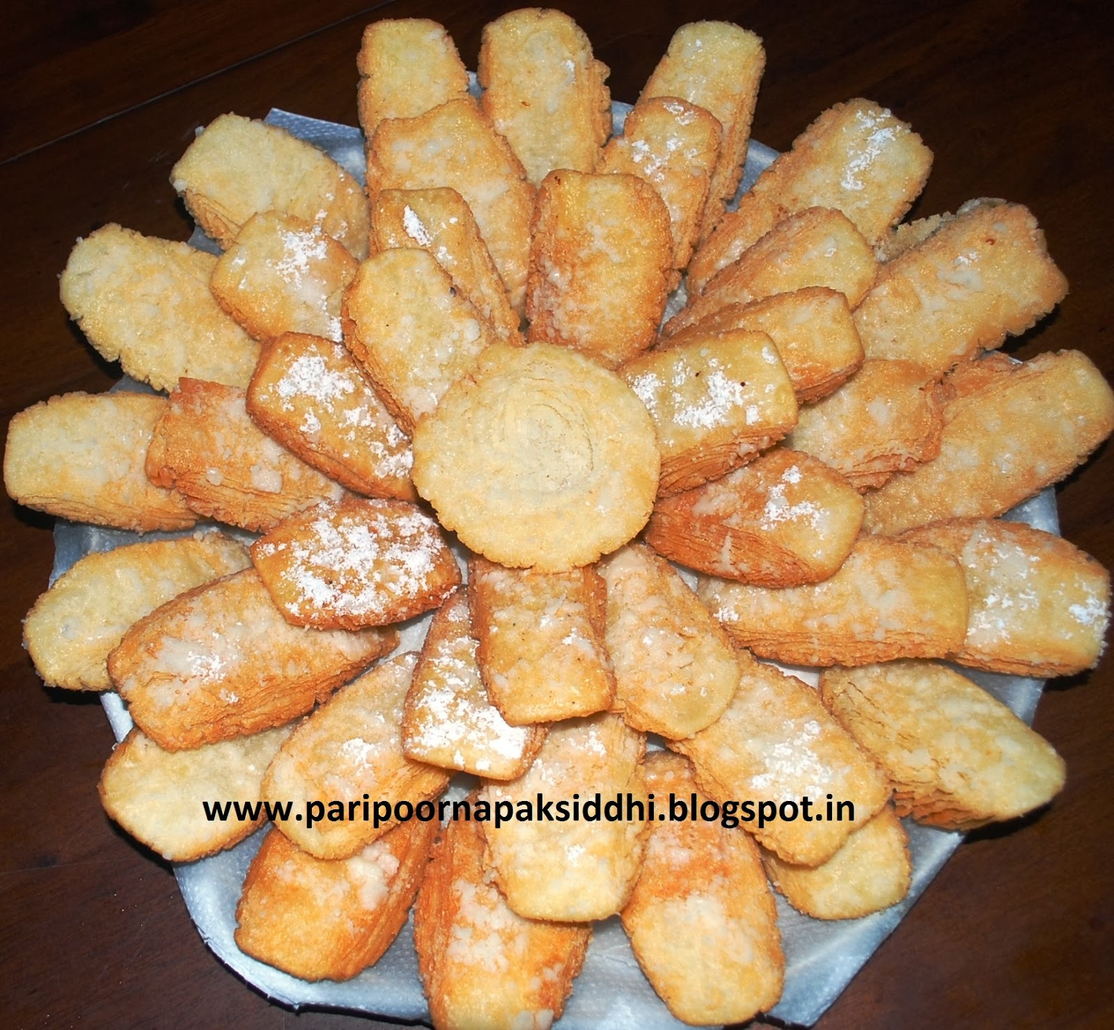 CHIROTE / INDIAN FRIED FLAKY PASTRY