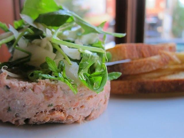 Recette de rillettes de saumon frais et fumé, à la crème, au vin blanc