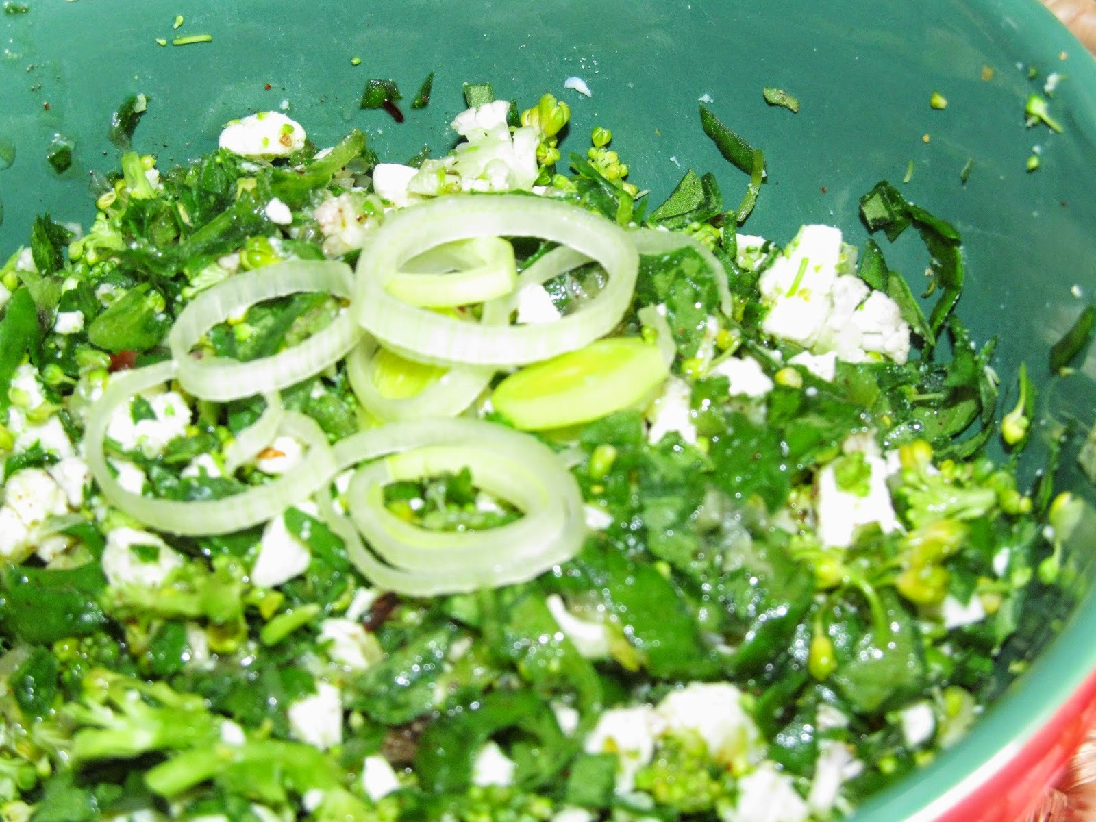 como fazer salada de brocolis e couve flor