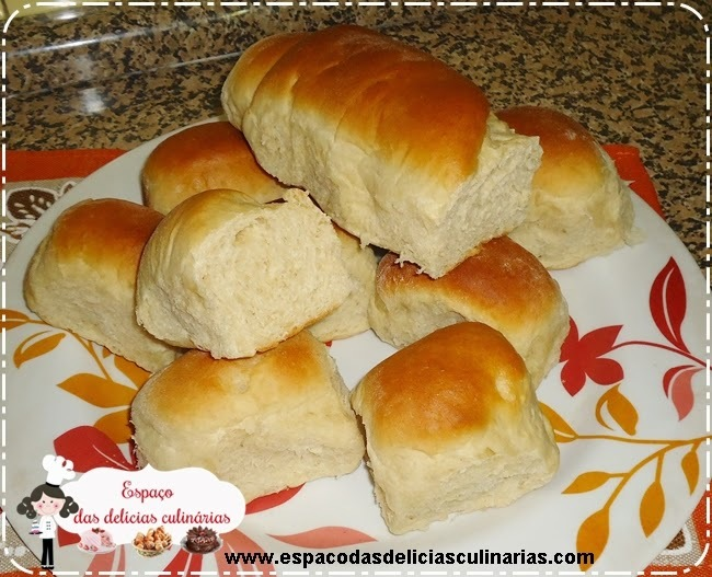 Pão caseiro salgado, feito na máquina de fazer pão