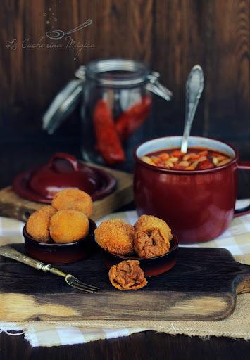 Croquetas de compango de fabada