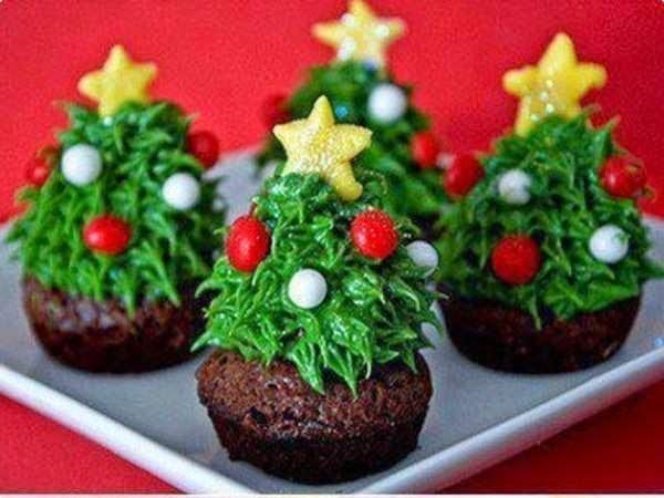 Tradicionais Cupcakes em Árvores de Natal