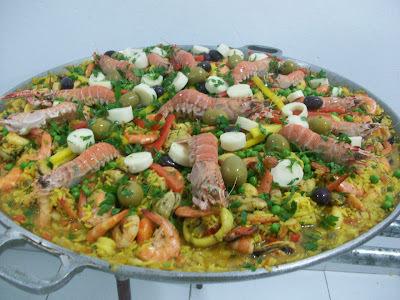 prato principal para acompanhar salada de camarão