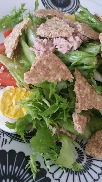 Salada de Atum ao Molho Caseiro de Limão