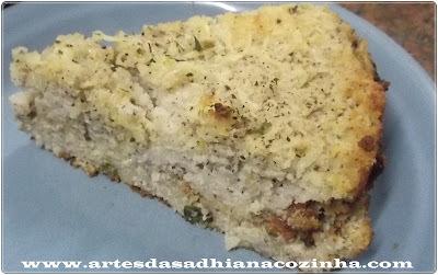 Torta salgada com massa de coco