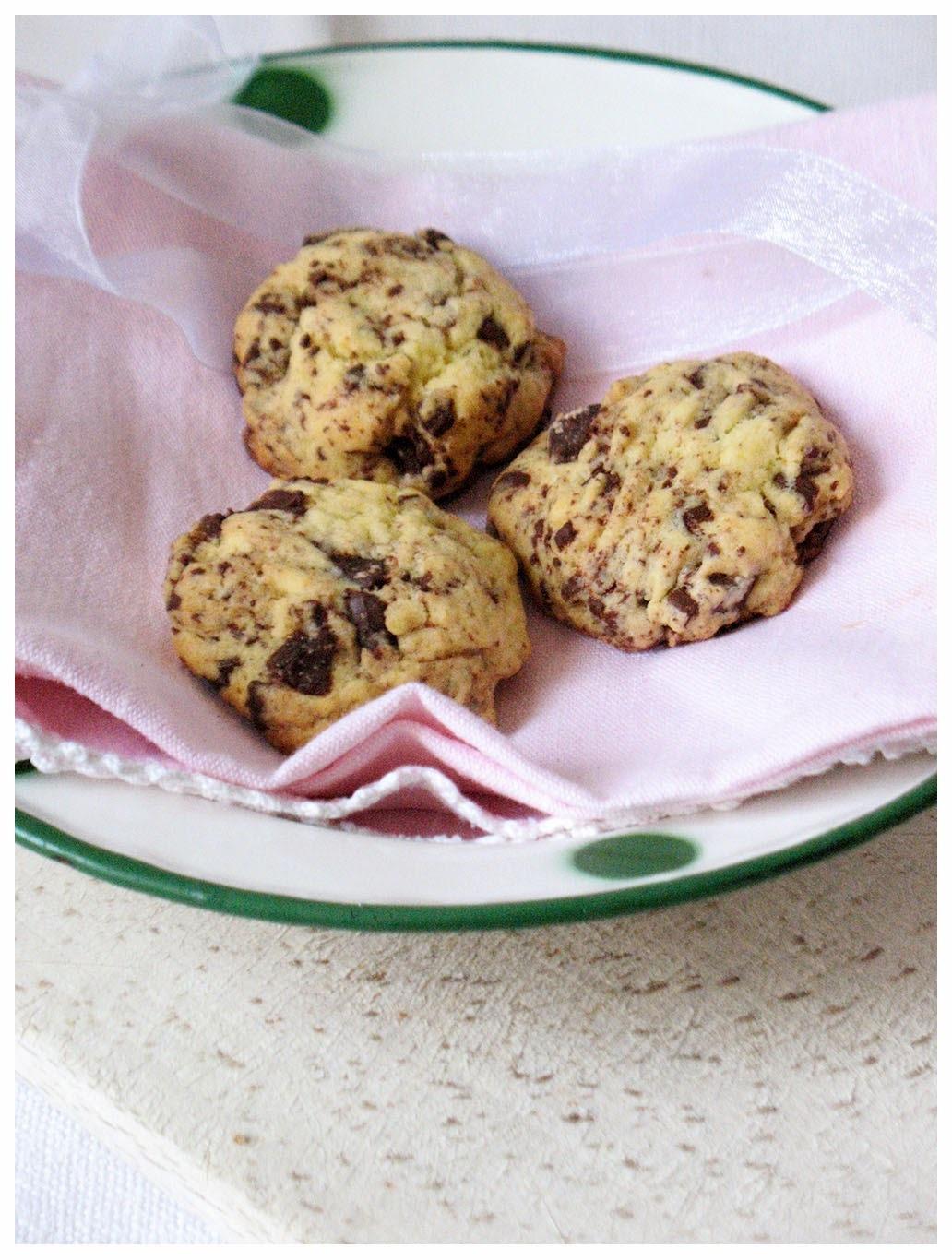 Najbolji keksi s komadićima čokolade/ The Best Chocolate Chip Cookies