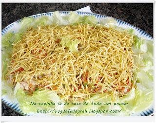 de farofa de abacaxi com frango desfiado