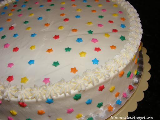 bolo decorado colorido
