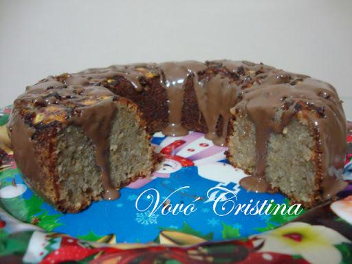 BOLO DE BANANA COM FARINHA DE ROSCA E CHOCOLATE