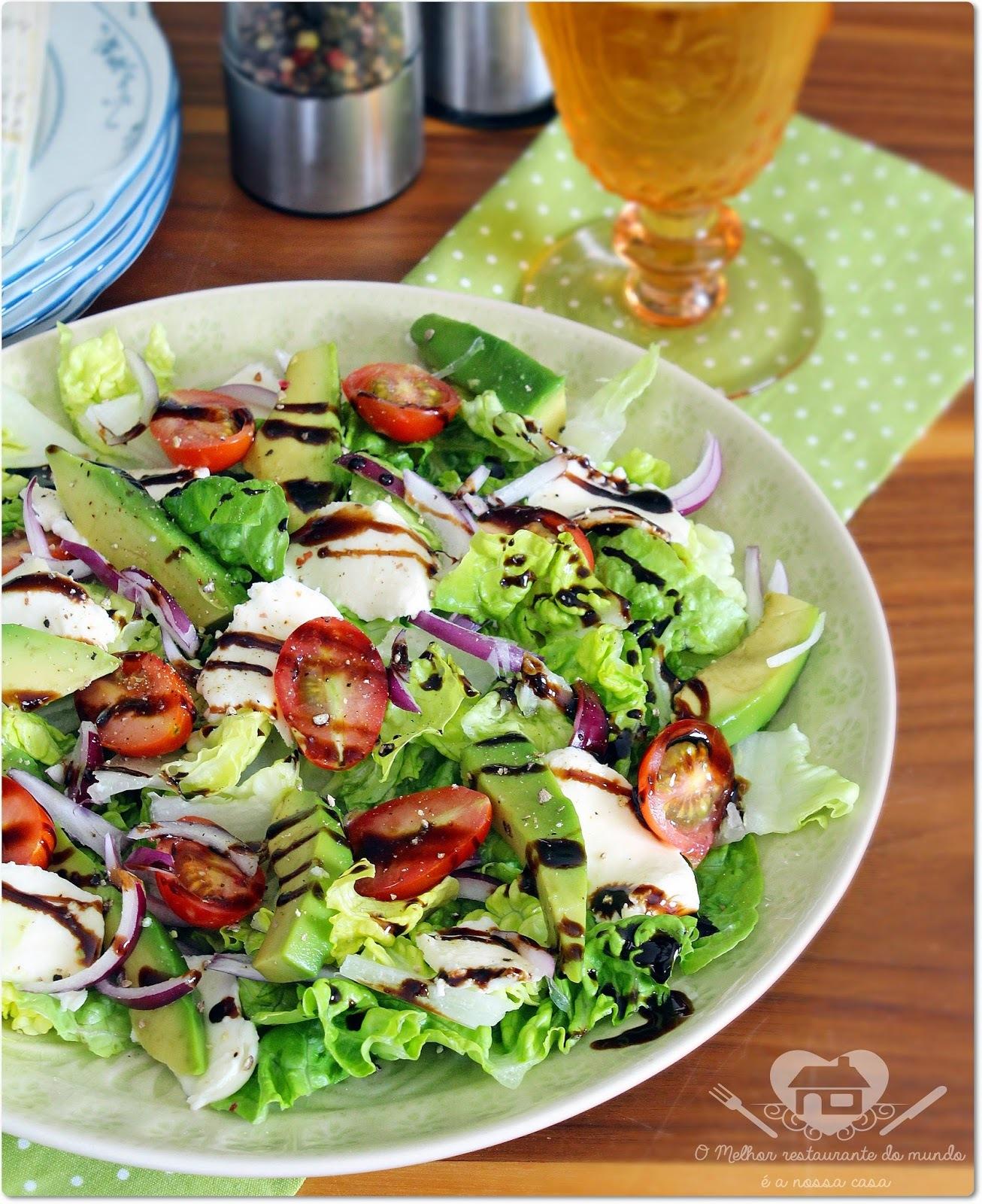 Abacate salada caprese