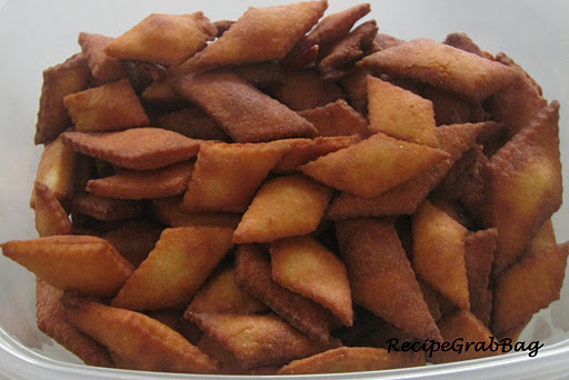 sweet shankarpali by sanjeev kapoor