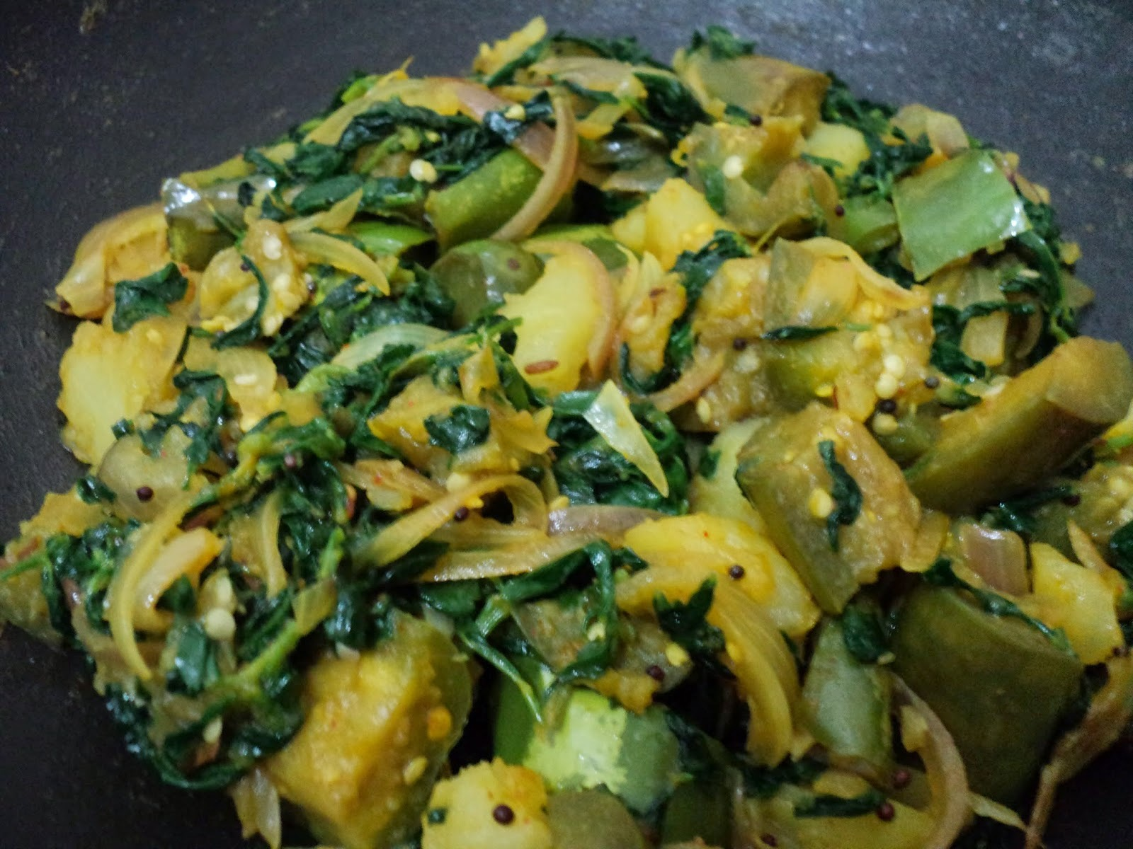 Methi Sagaa Kharada (Stir fried Fenugreek leaves)