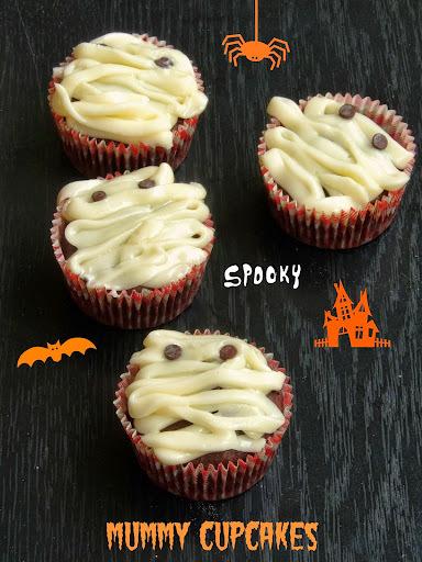 Eggless Mummy Cupcakes