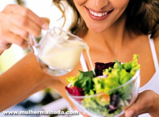 5 Receitas de molhos saudáveis para saladas, massas ou carnes