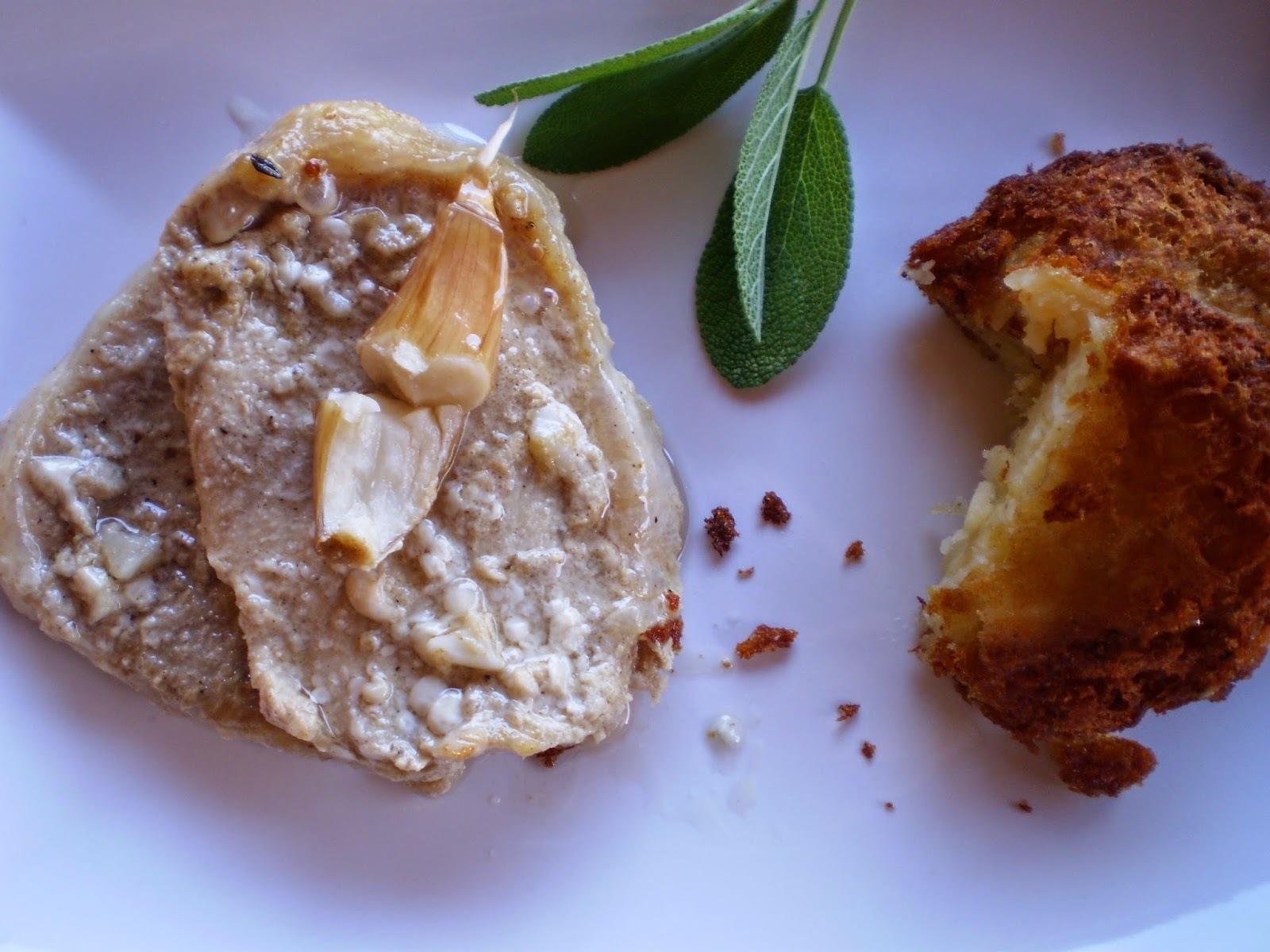 Konfitált sertéskaraj zsályával, és krumplipuffanccsal