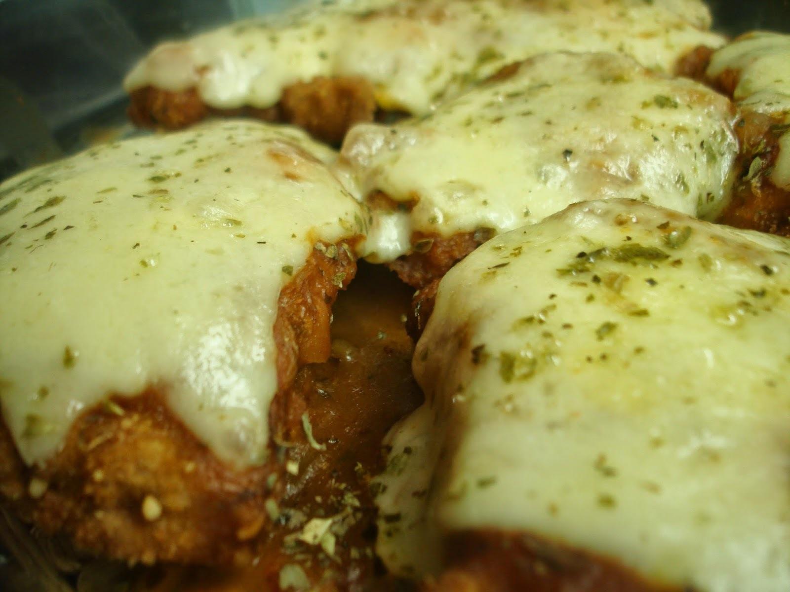 file de frango a milanesa com farinha de trigo