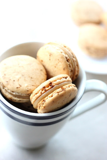 Caramel Latte Macarons: coffee macs with salted caramel filling