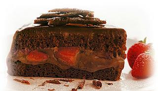 dicas para decorar bolo com morangos