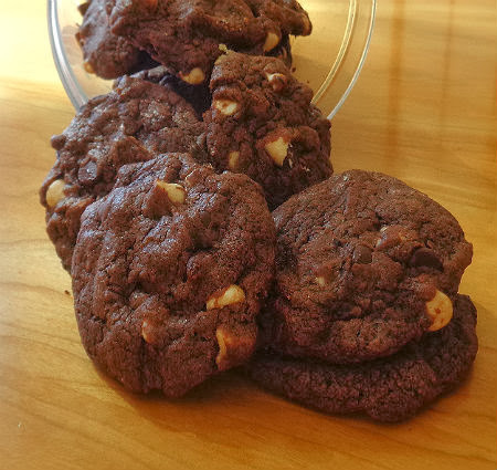 Black and White Chocolate Chip Cookies