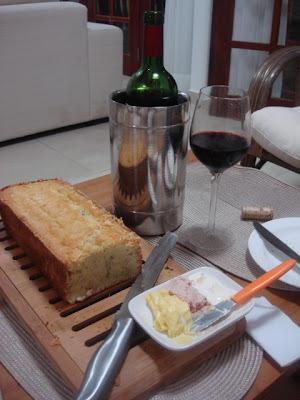 Pão  de  Provolone  e  Cebola