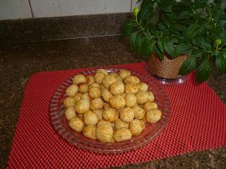 BISCOITINHOS DE QUEIJO - Tipo aperitivo