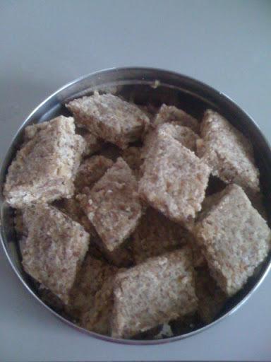 Nuts Burfi (Healthy Burfi)