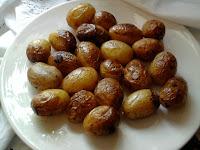 Batatas assadas na panela de presão