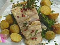 Pescada-Cambucu com Brócolis e Batatas Coradas