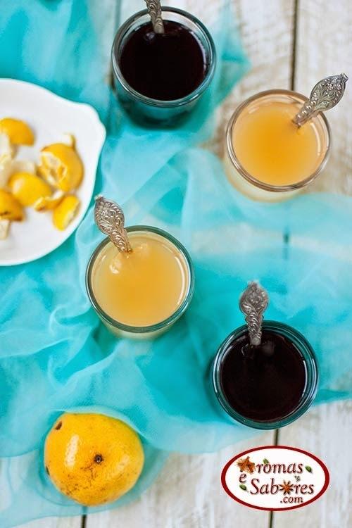 Gelatina natural feita com suco da fruta