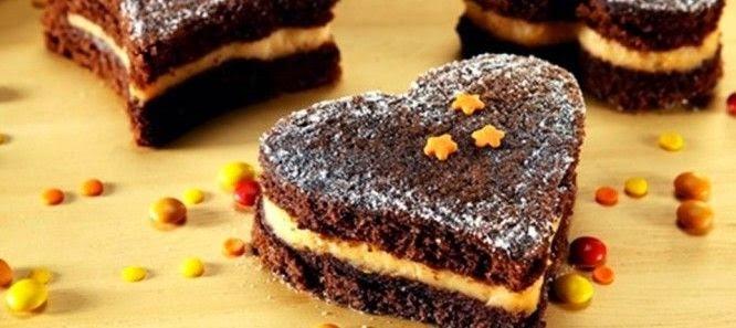 BOLO DE CHOCOLATE COM CREME DE LARANJA