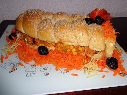 Recheio para pão de metro ou sanduíche natural.