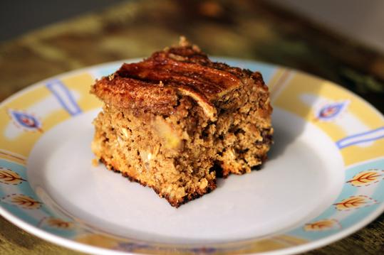 bolo de banana uvas passas farinha integral aveia oleo de canola açucar mascavo