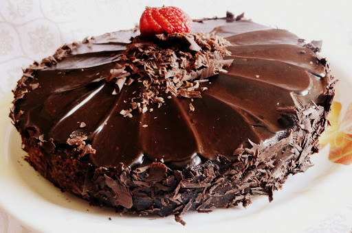 how to make eggless chocolate truffle cake at home in microwave