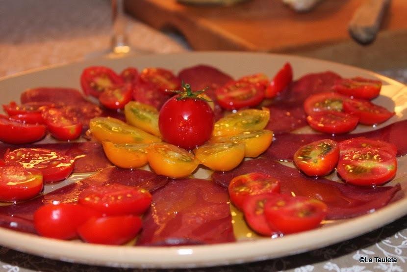 Ensalada de tomates Cherry con mojama, adiós a la temporada del verano mas largo que recuerdo...
