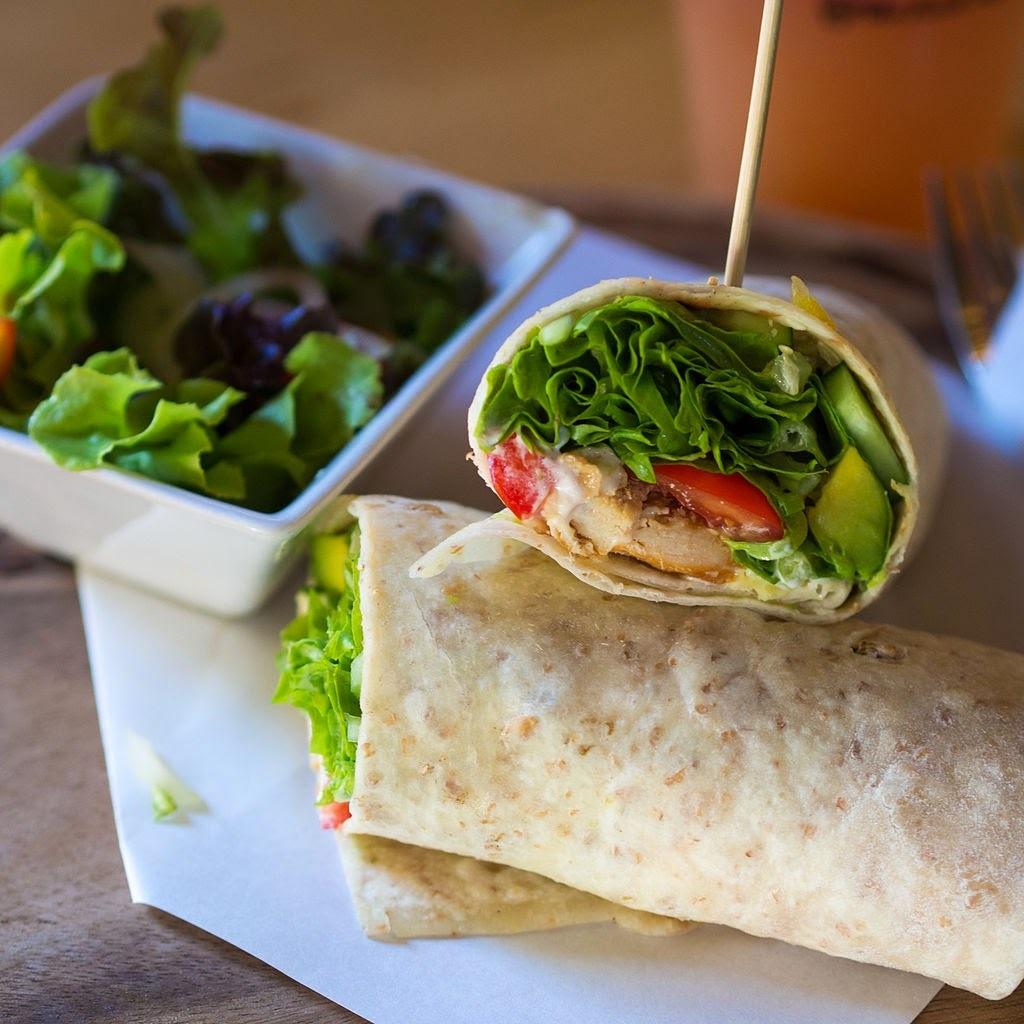 Recette de salade composée au poulet fumé et aux avocats (Hollande)
