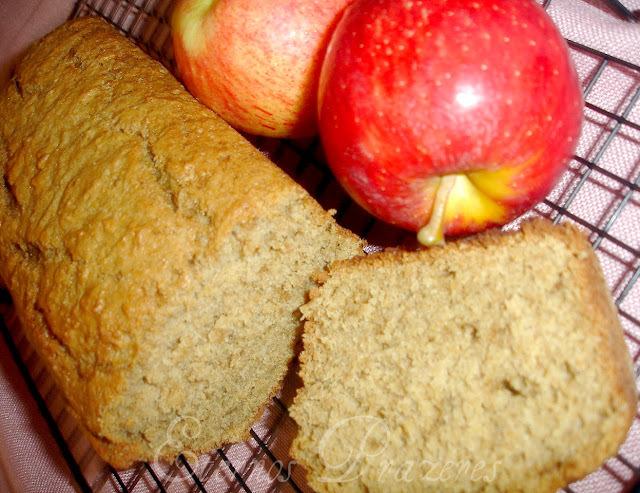 Applesauce Bread...Ou um bolo de maçã muito gostoso!