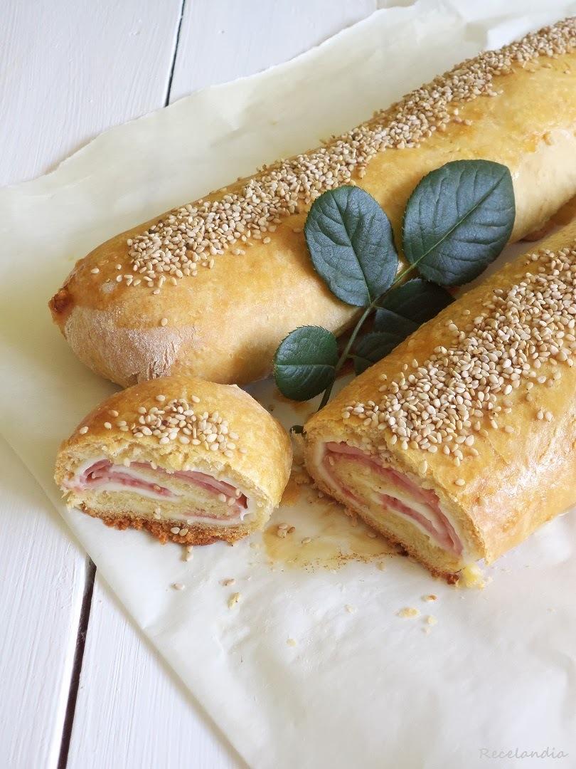Barras de pan rellenas de jamón y queso