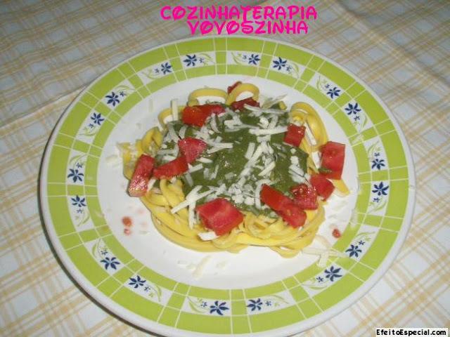 Molho pesto de espinafre