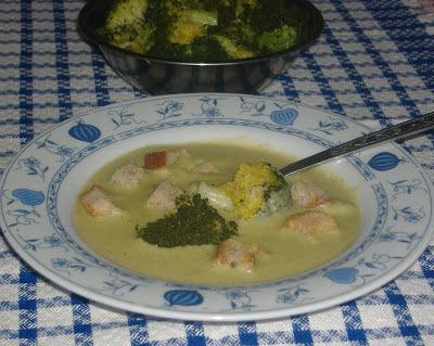 brokolicova kremova polievka so zemiakmi