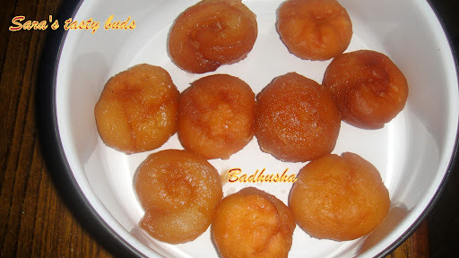 Badhusha / Indian Donut