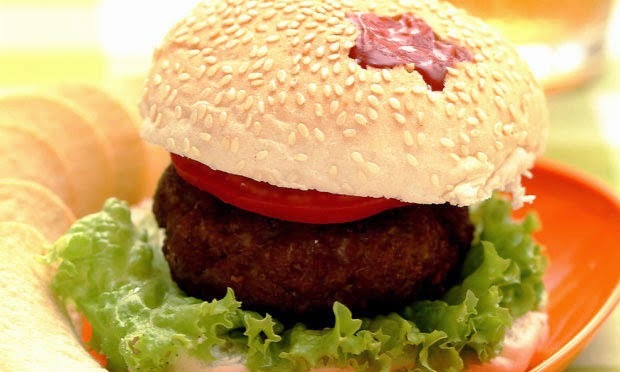 hamburguer de carne moida assado