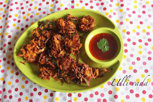 Onion bhaji  |  Ulli vada  |  Onion fritters  |  Kukskitchen