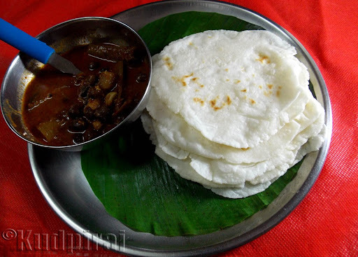 Pathiri(Rice Flour Chapathi)