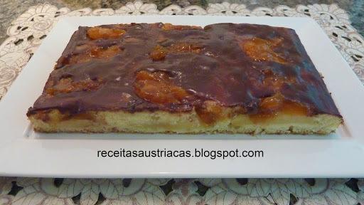 BOLO DE MAÇÃ FAVORITO – Lieblingsapfelkuchen