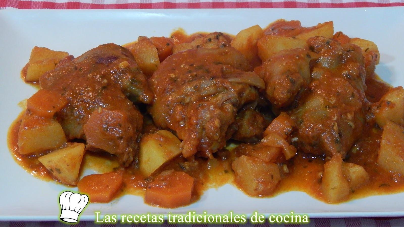 Manitas de cerdo estofadas con patatas