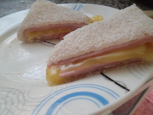de tapioca de queijo e presunto